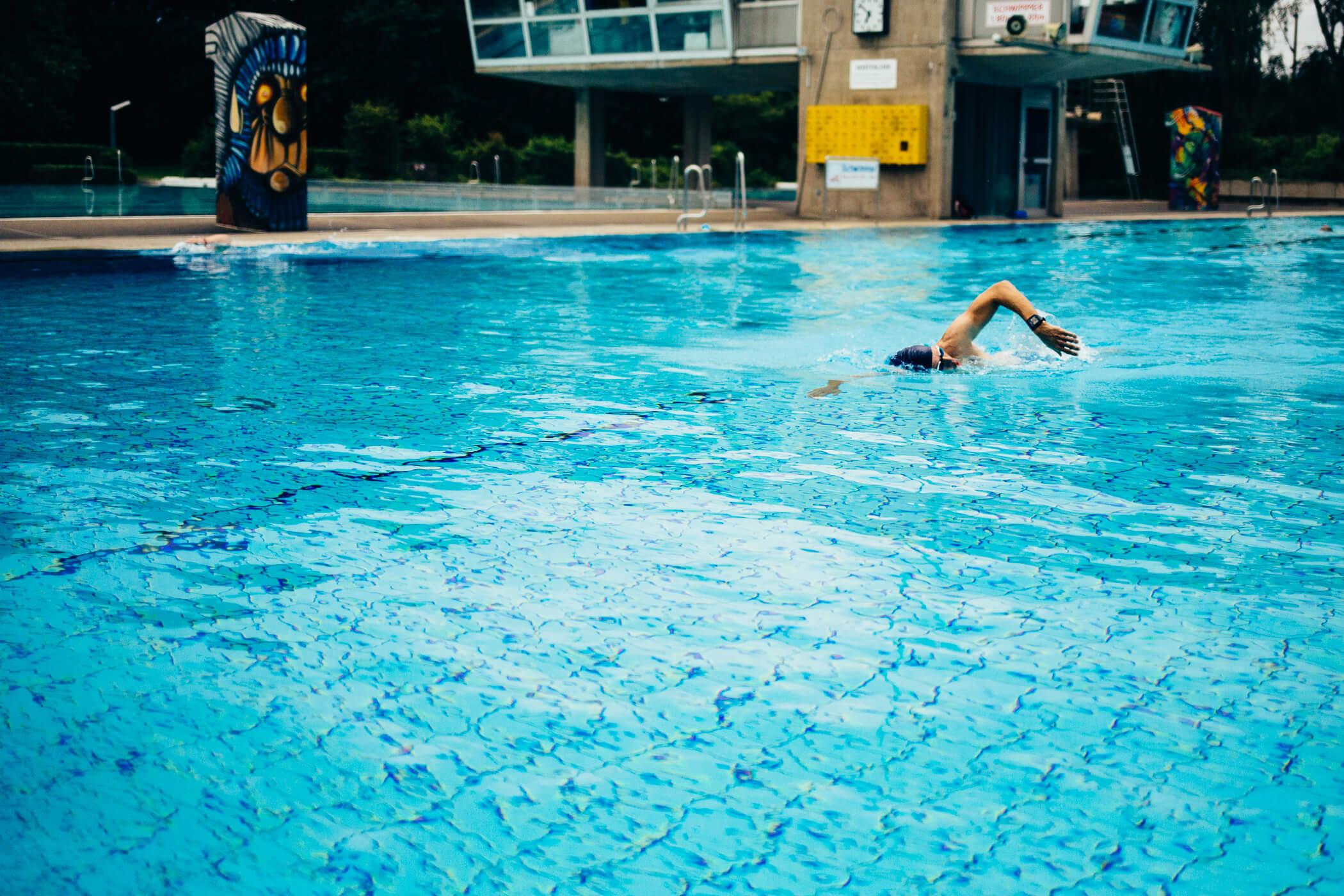 Schwimmen gehört für den Triathlet dazu