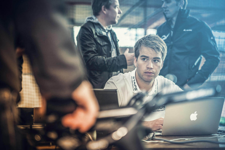 Björn Geesmann beim Aero Test auf der Radbahn