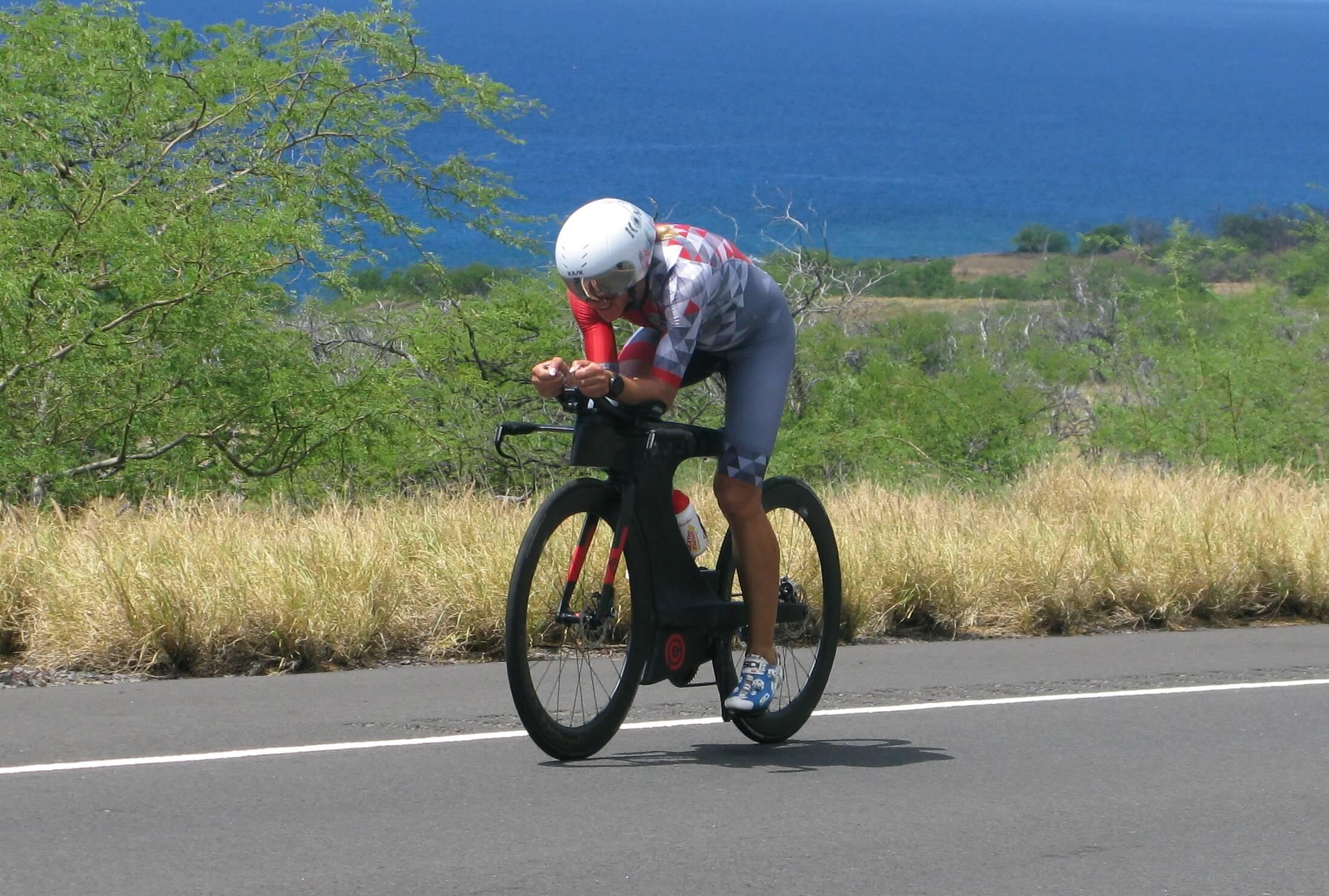 IRONMAN-Hawaii-MAreen-Hufe-Bike