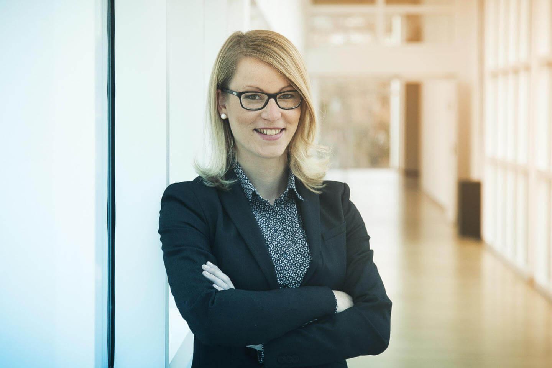Podcast über intermittierendes Fasten mit Dr. Katrin Stücher