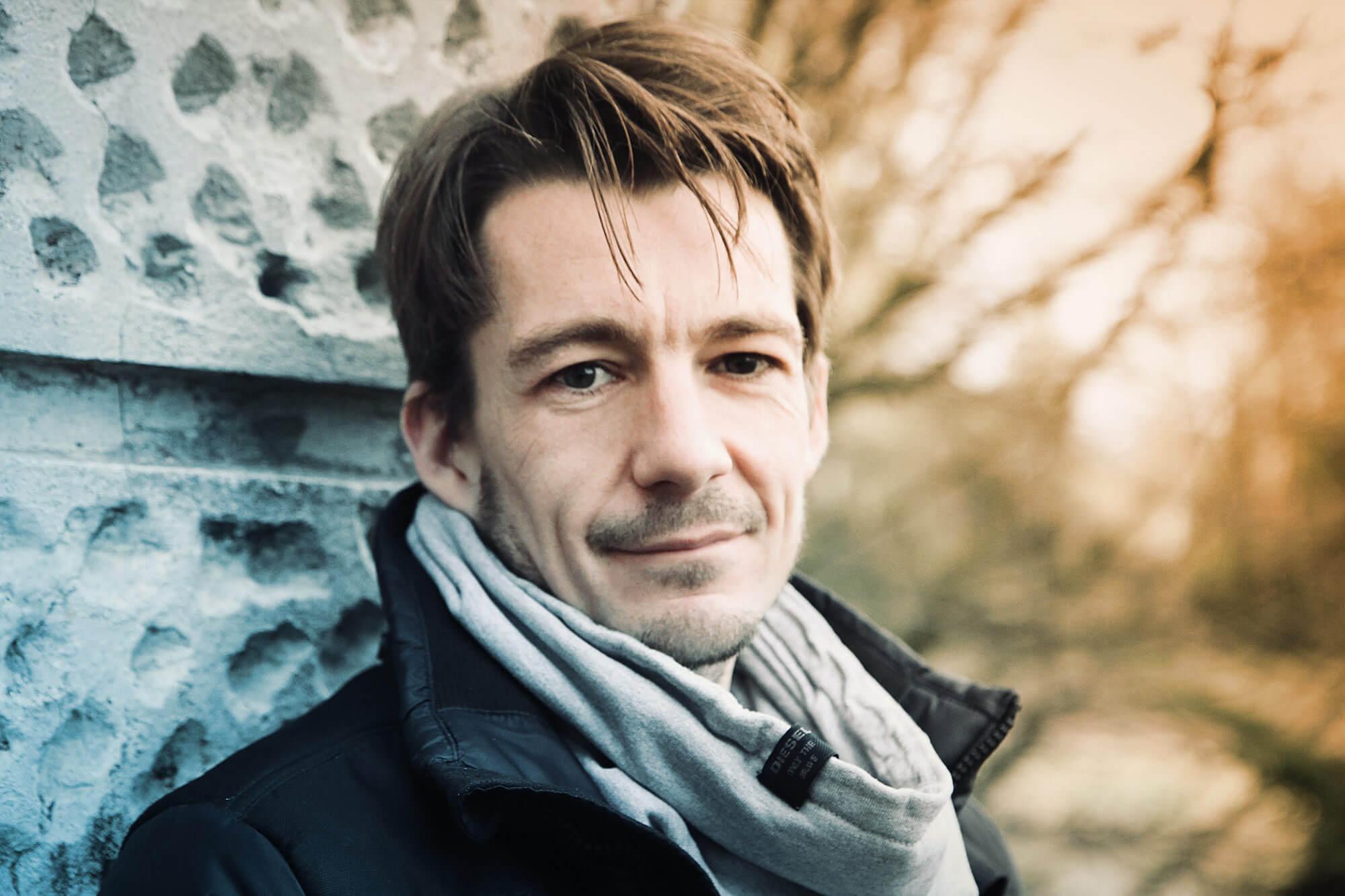 """Podcast mit Mario Zozin über den Kurzfilm """"Mann mit dem Hammer"""""""