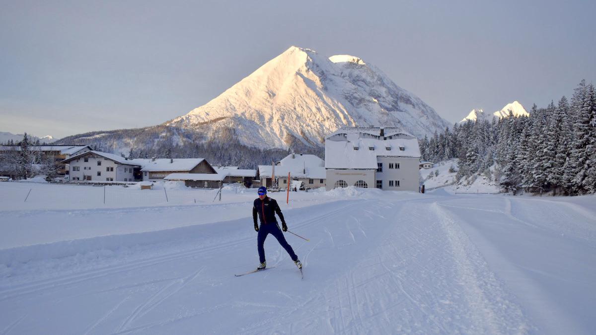 Triathlet Andreas Dreitz beim Langlauf Training